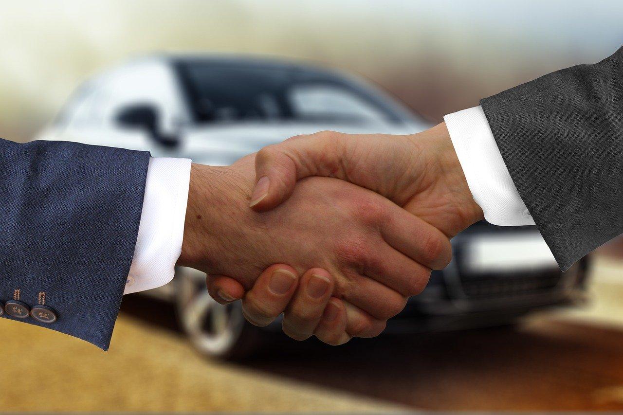 vendere auto